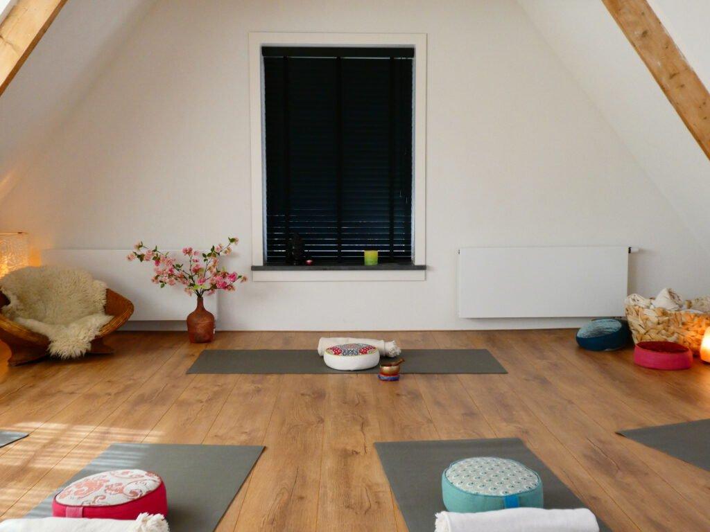 Yoga ruimte| Healing Yoga | Nicoletta Anna| Huizen